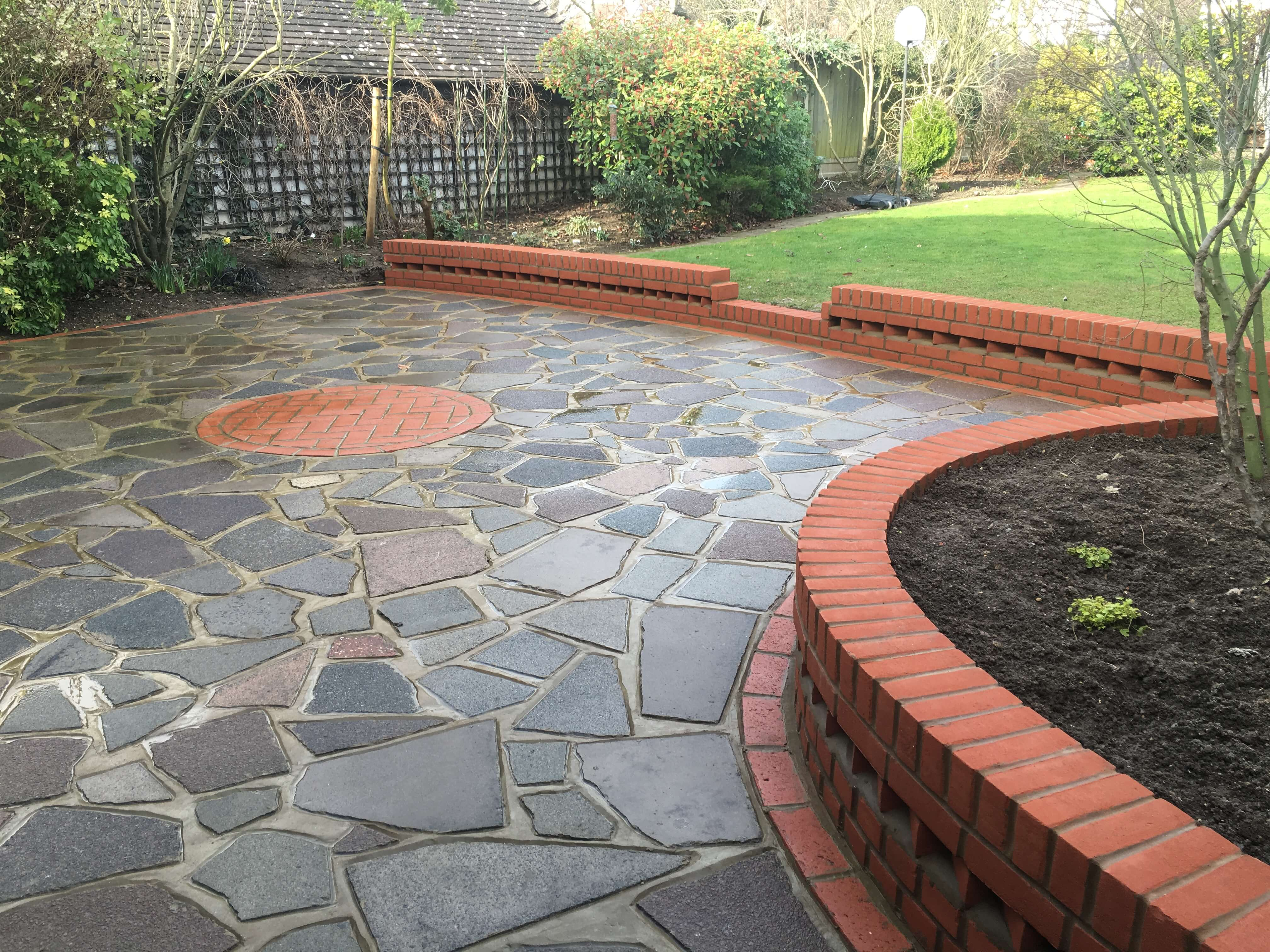 Patios & Driveways In Southend, Rochford, Brentwood, Benfleet & Surrounding Areas.